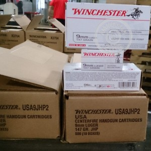 Picture of 9MM LUGER WINCHESTER 147 GRAIN JHP (500 ROUNDS)