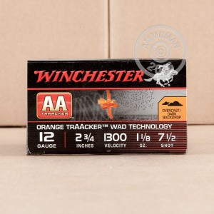 """Picture of 12 GAUGE WINCHESTER AA TRAACKER ORANGE WAD 2-3/4"""" 1-1/8 OZ. #7.5 SHOT (25 ROUNDS)"""