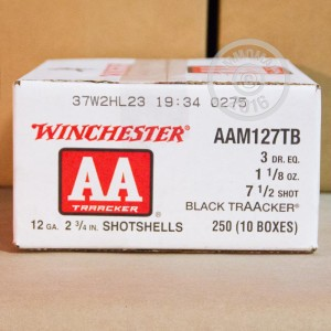 """Picture of 12 GAUGE WINCHESTER AA TARGET BLACK TRAACKER HEAVY LOAD 2 3/4"""" 1 1/8 OZ. #7.5 SHOT (25 ROUNDS)"""