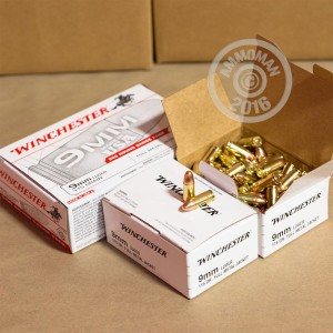 Picture of 9MM LUGER WINCHESTER RANGE PACK 115 GRAIN FMJ (1000 ROUNDS)