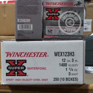 "Picture of 12 GAUGE WINCHESTER XPERT HIGH VELOCITY 3"" 1 1/4 OZ. #3 SHOT (25 ROUNDS)"