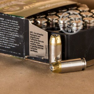 Picture of 40 S&W REMINGTON ULTIMATE DEFENSE 180 GRAIN BJHP (20 ROUNDS)