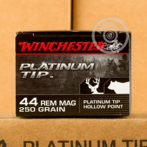 Picture of 44 MAGNUM WINCHESTER PLATINUM TIP 250 GRAIN JHP (20 ROUNDS)
