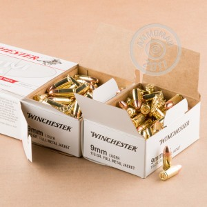 Picture of 9MM LUGER WINCHESTER RANGE PACK 115 GRAIN FMJ (200 ROUNDS)