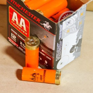 "Picture of 12 GAUGE WINCHESTER AA ORANGE TRAACKER LIGHT TARGET LOAD 2 3/4"" 1 1/8 OZ. #9 SHOT (25 ROUNDS)"