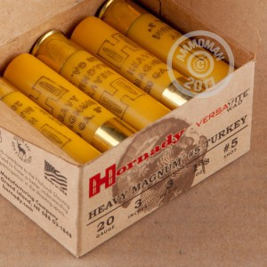 "Picture of 20 GAUGE HORNADY HEAVY MAGNUM TURKEY 3"" 1-3/8 OZ. #5 SHOT (10 ROUNDS)"