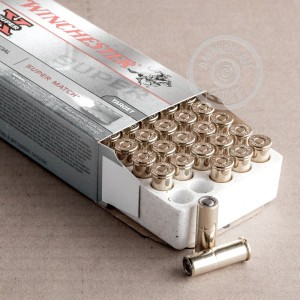 Picture of 38 SPECIAL WINCHESTER SUPER-X 148 GRAIN SUPER MATCH WAD CUTTER (50 ROUNDS)