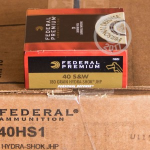 Picture of 40 S&W FEDERAL PREMIUM 180 GRAIN HYDRA SHOK JHP (200 ROUNDS)