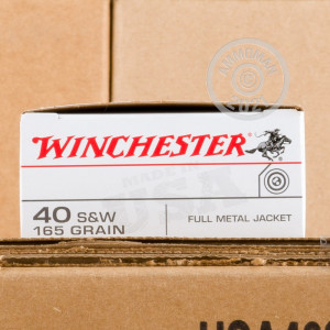 An image of .40 Smith & Wesson ammo made by Winchester at AmmoMan.com.