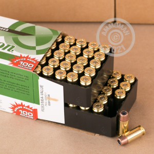 A photograph of 100 rounds of 180 grain .40 Smith & Wesson ammo with a JHP bullet for sale.