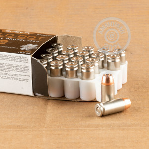A photograph detailing the .40 Smith & Wesson ammo with JHP bullets made by Speer.