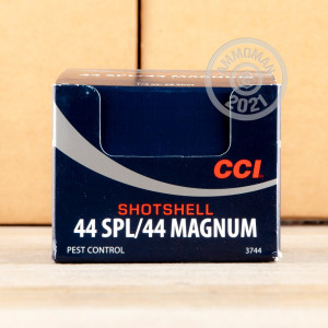 An image of 44 Remington Magnum ammo made by CCI at AmmoMan.com.