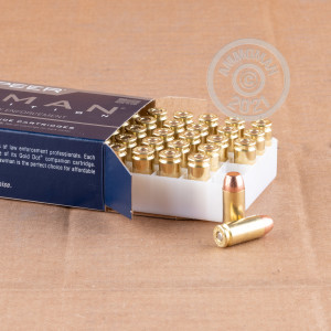 A photo of a box of Speer ammo in .40 Smith & Wesson.