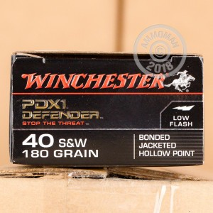 A photograph of 20 rounds of 180 grain .40 Smith & Wesson ammo with a JHP bullet for sale.