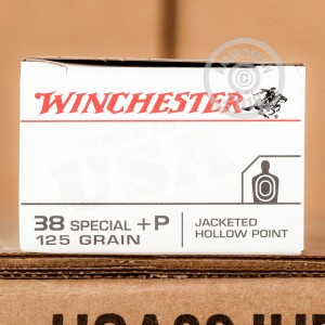 A photograph of 500 rounds of 125 grain 38 Special ammo with a JHP bullet for sale.