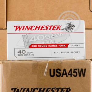 Photo of .40 Smith & Wesson FMJ ammo by Winchester for sale at AmmoMan.com.