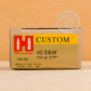 Image of Hornady .40 Smith & Wesson pistol ammunition.