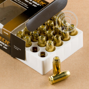 A photograph detailing the .40 Smith & Wesson ammo with JHP bullets made by Magtech.