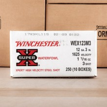 Photograph of Winchester 12 Gauge #3 shot for sale at AmmoMan.com